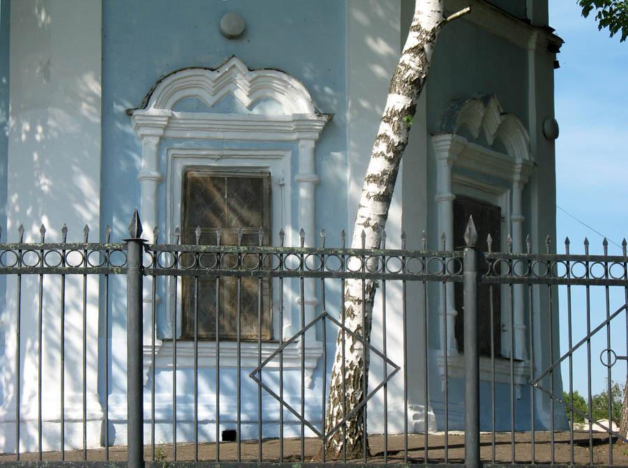 Архитектурные детали Покровского храма