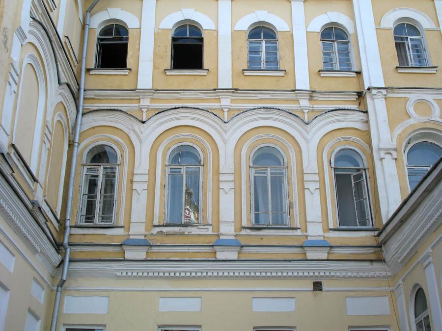 Архитектурные детали архиерейского дома